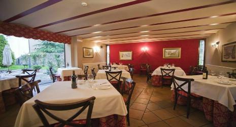 Una comida o cena gratis en el restaurante castillo vald s for El salas restaurante