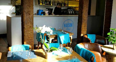 restaurant la maison bleue courseulles sur mer r servation reduction 1 repas offert. Black Bedroom Furniture Sets. Home Design Ideas