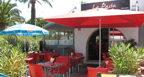 Restaurant la pasta le lavandou r servation reduction 1 repas offert - Restaurant le lavandou port ...