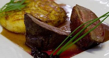 restaurant le donjon houdan r servation reduction 1 repas offert. Black Bedroom Furniture Sets. Home Design Ideas