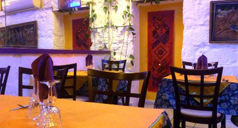 1 repas offert au restaurant le taj mahal n mes n mes restopolitan. Black Bedroom Furniture Sets. Home Design Ideas