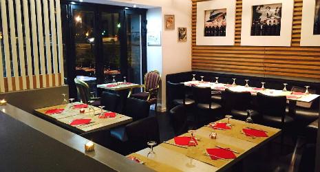 Restaurant Le  Paris  Boulevrad De L Hopiytal