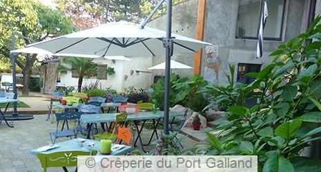 Restaurant A Saint Maurice De Gourdans