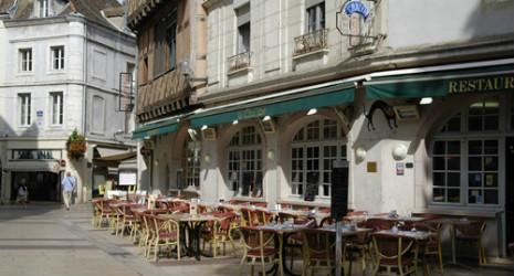 Le Cha'lon Bar