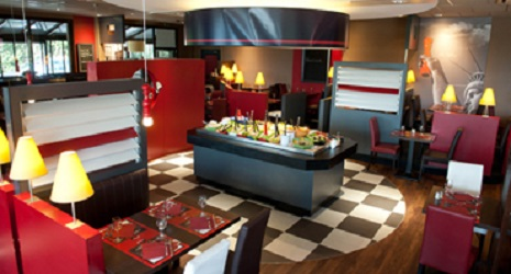 a free meal at the restaurant poivre rouge thanks to the card restopolitan. Black Bedroom Furniture Sets. Home Design Ideas