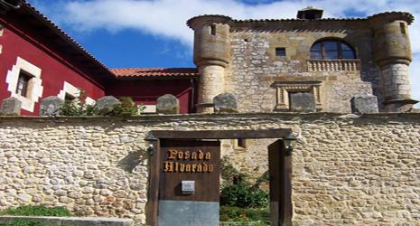 Posada Torre - Palacio de los Alvarado